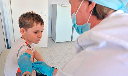 Куда ставят прививку от клещевого энцефалита