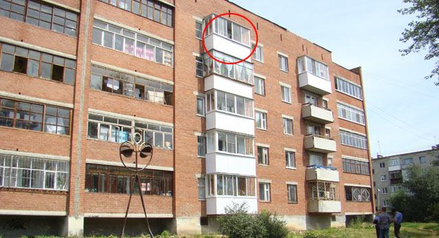 В ревде пятилетний мальчик упал с балкона пятого этажа - рев.