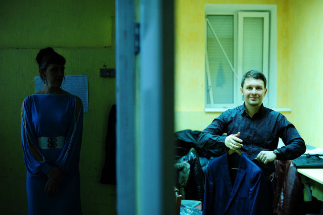 За кулисами: Марина Копытова и Александр Храмов. Фото// Владимир Коцюба-Белых, Ревда-инфо.ру