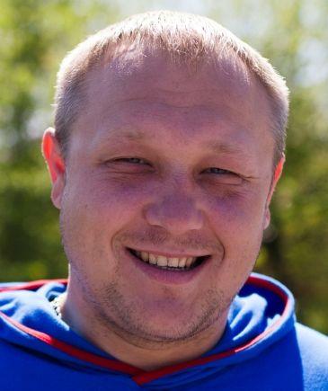 Макс Манаков