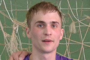 Тренер сборной Антон Филипкин, 27 лет, оператор ОАО «ГазпромТрансГаз», тренер СК «Страта».