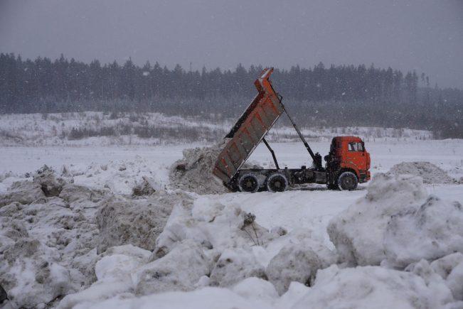 vyvoz-snega-9-651x435.jpg