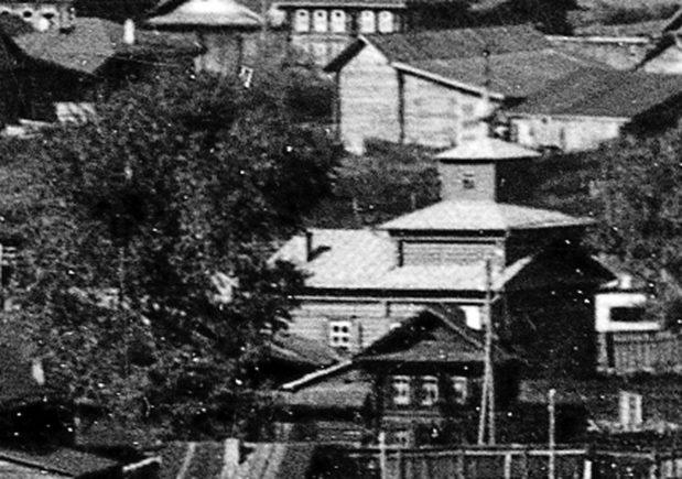 CHASOVNYA-STAROVERCHESKAYA-PO-UL.POCHTOVAYA.-1918-g.