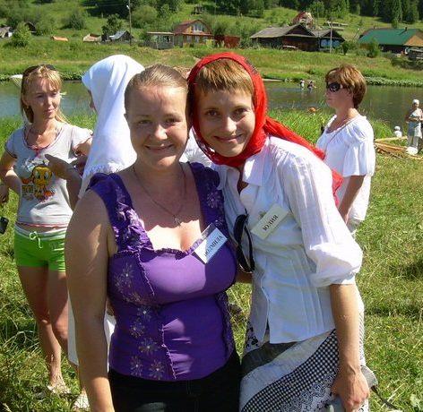 organizatory-meropriyatiya-Lyudmila-i-YUliya-Mezeniny