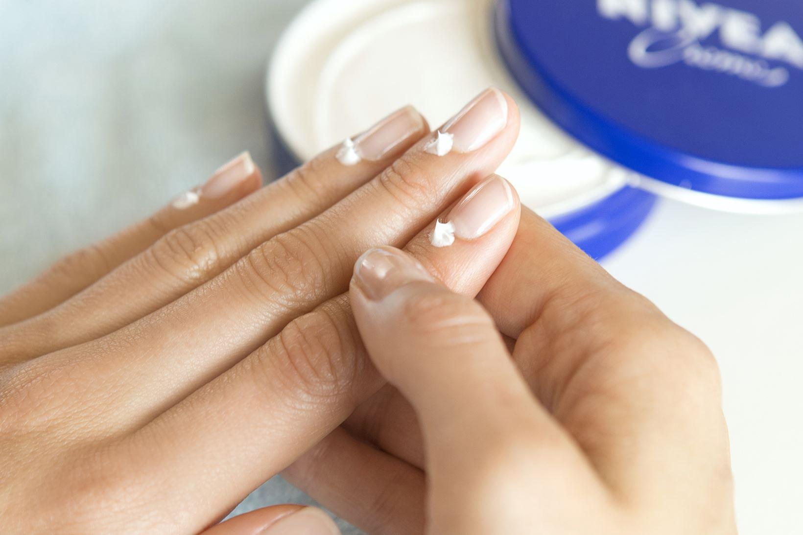 NIVEA-fuer-die-Nagelpflege