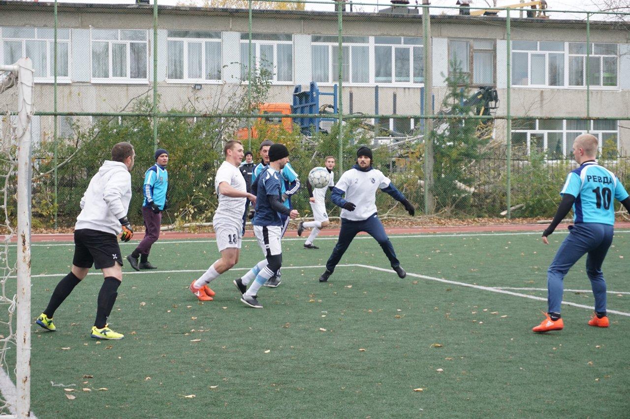 29.09.2019-Final-chempionata-Revdy-po-futbolu-Metallurg-SUMZ
