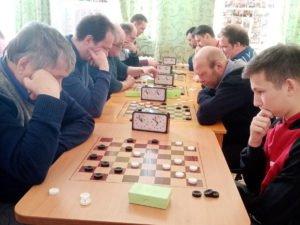 igra-v-shashki
