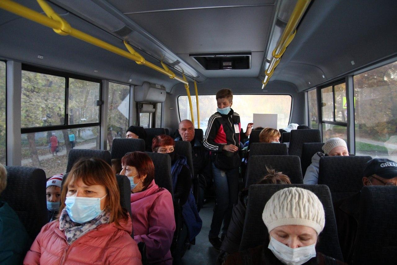 Евгений Куйвашев запретил ездить в автобусах без масок. А что в Ревде? —  Ревда-инфо.ру