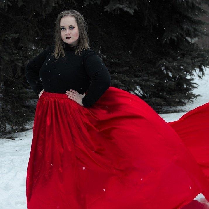 Работа девушке моделью дегтярск работа модели до 14 лет